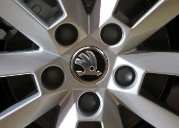 Σ ύγκρουση μεταξύ της γερμανικής αυτοκινητοβιομηχανίας Skoda, του ομίλου Volkswagen, με τα συνδικάτα λόγω της αύξησης των βαρδιών μεταξύ του ήδη μειωμένου προσωπικού, εξαιτίας της μειωμένης παραγωγής και της επίσημης άδειας διακοπών