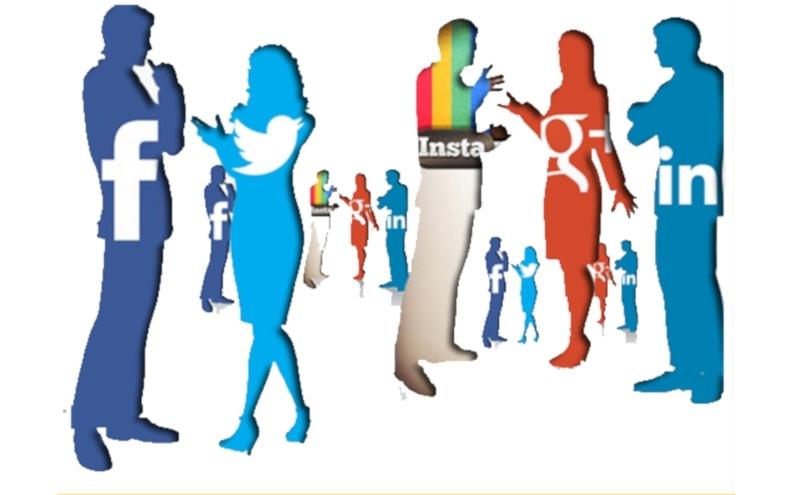 Ce site-uri de socializare folosesc