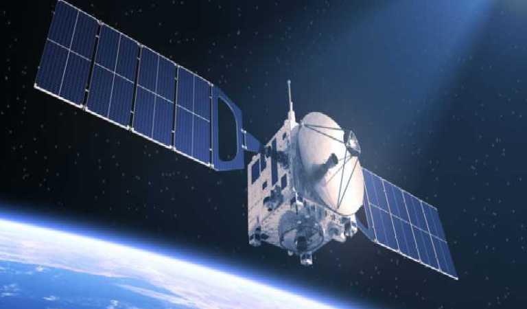 Amazon will have own satellites and give Internet almost free.