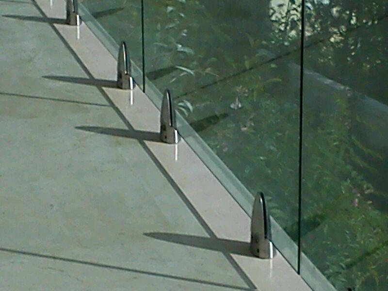 Instalación barandilla de cristal Marbella 1