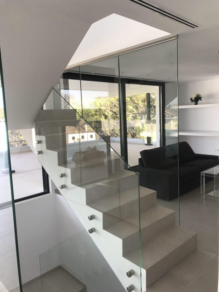 Barandilla en interior Málaga 46