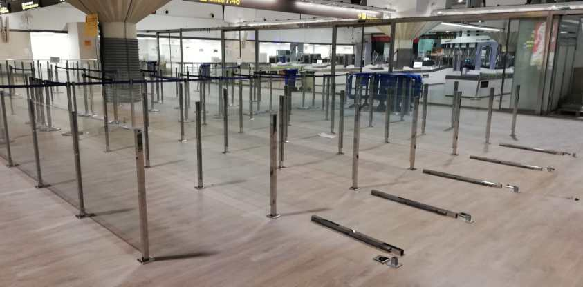 Acristalamiento en el aeropuerto de Sevilla 5