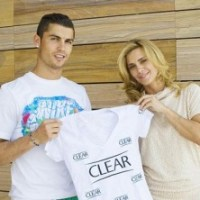 Cristiano Ronaldo and Carolina Dieckmann Is Set For Clear Commercial