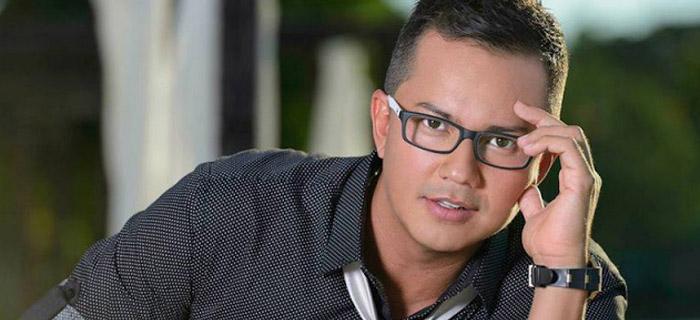 Cantante colombiano Charlie Zaa entrega su vida a Cristo