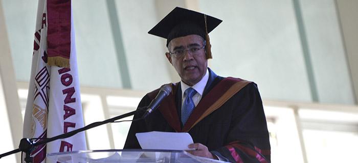 Universidad Nacional Evangélica Inviste 1,270 Nuevos Profesionales
