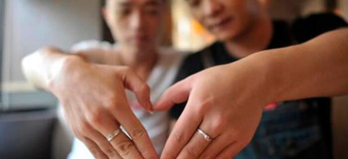 """China prohíbe escenas homosexuales en televisión por considerarlas """"vulgares e inmorales"""""""