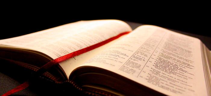 La Biblia: El libro más leido en Brasil según estudio