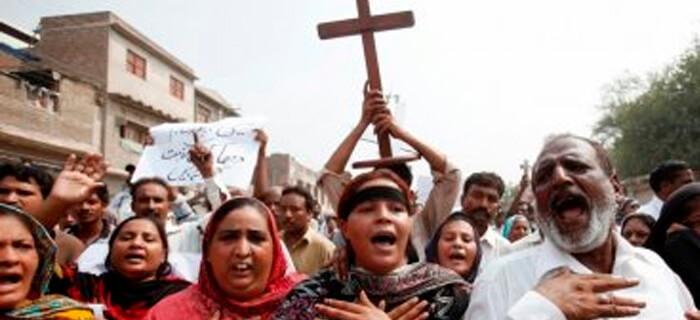 En Pakistán se estable que Predicar el Evangelio es prohibido