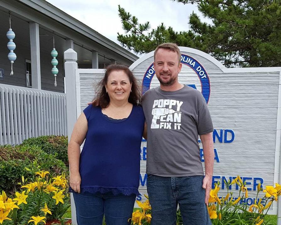 Shani Corrigan y su esposo, Robert Corrigan, ambos de 51 años.