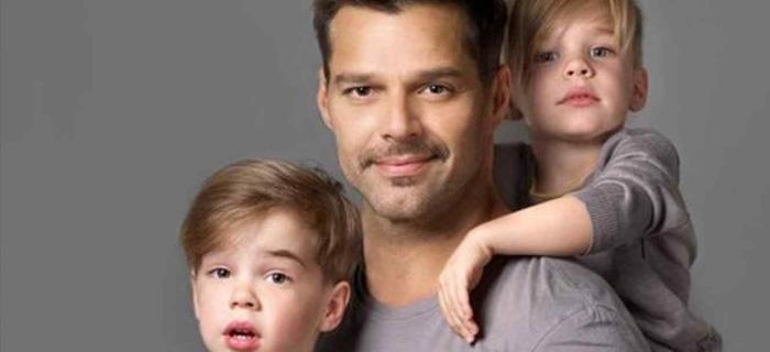 Los hijos de Ricky Martin cuestionaron porqué tienen 2 papás. Mira su respuesta.
