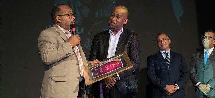 ACCRA entregó medallas a nominados de Santiago y el Cibao de Premios El Galardón