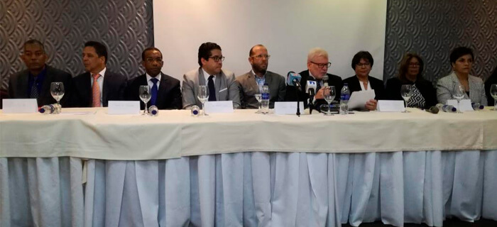 Autoridades de la Iglesia en RD se Pronuncian en Contra Ordenanza del Ministerio de Educación