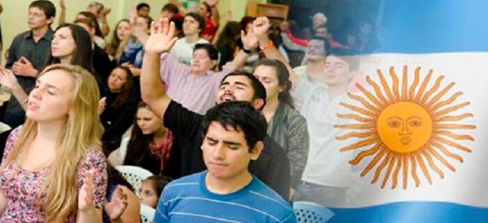 Según estudio: Argentina es más evangélica que católica
