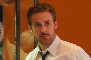 Pasadena, CA - Ryan Gosling films a scene for 'La La Land' in Pasadena, California. The hunky actor was hanging out in front of an old movie theater chatting with crew as he waited to film a scene in black and white leather shoes with black slacks, a white dress shirt and tie.   AKM-GSI      August  18, 2015 To License These Photos, Please Contact : Steve Ginsburg (310) 505-8447 (323) 423-9397 steve@akmgsi.com sales@akmgsi.com or Maria Buda (917) 242-1505 mbuda@akmgsi.com ginsburgspalyinc@gmail.com