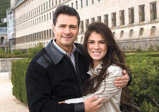 Usuario de Facebook envío mensaje a Peña Nieto para salir con su hija, él le responde que no