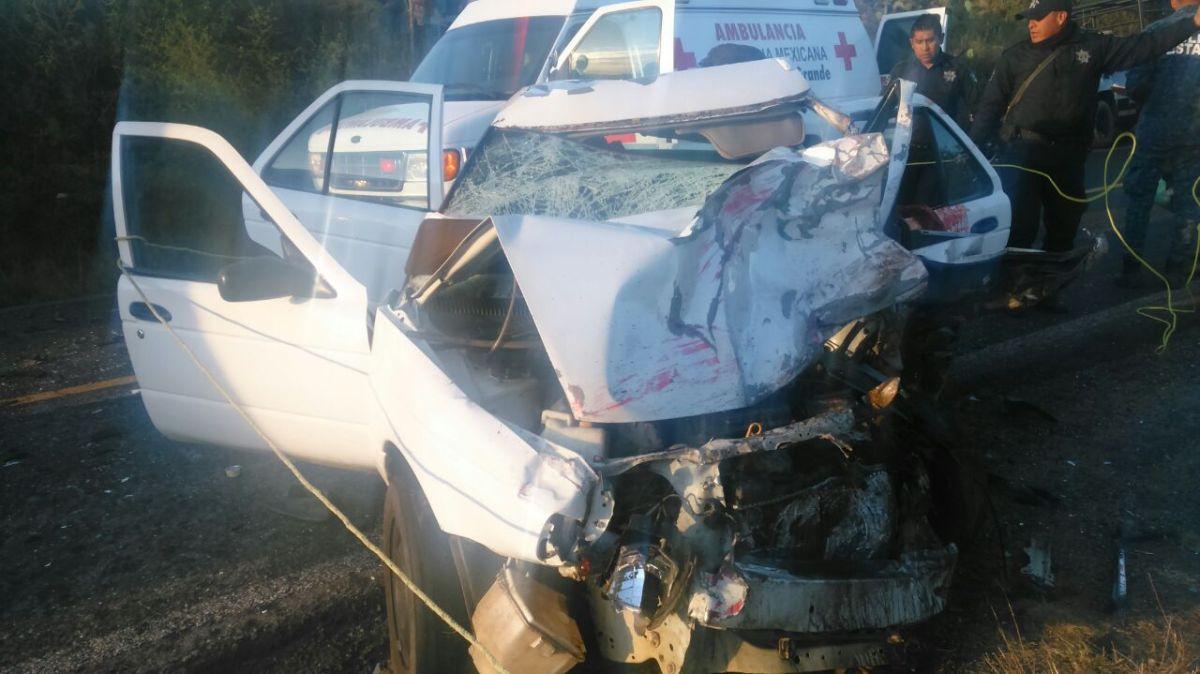 Muere un hombre y un bebé tras accidente en Atotonilco el Grande