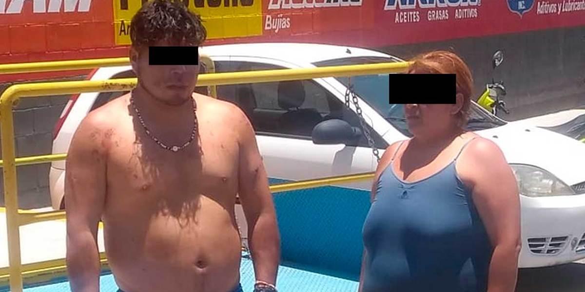 Pasean semidesnudos a presuntos estafadores en Ixmiquilpan