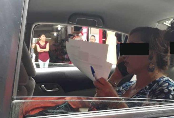 Mujer golpea a trabajadora de MoviParq en Pachuca