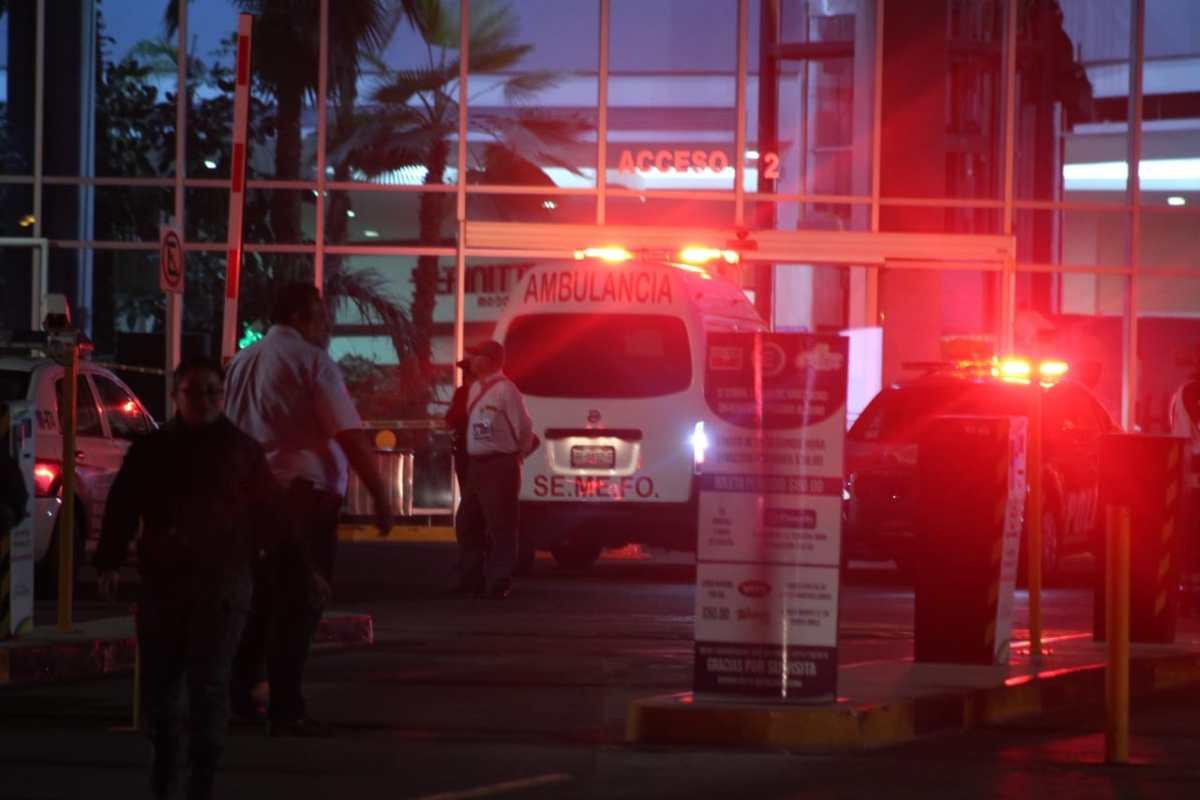 Pierde la vida elemento de la Policía Bancaria en una plaza de Pachuca