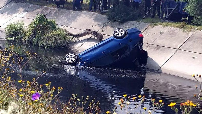 Chofer cayó a canal de aguas negras en Ecatepec; falleció