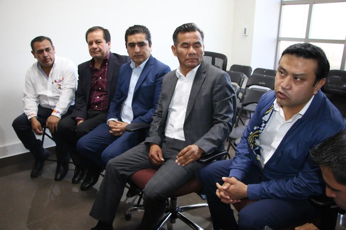 Protesta de presidentes municipales de Hidalgo, si no llega recurso