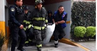 Sujeto muere aplastado por elevador en CDMX