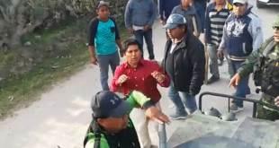 Supuestos huachicoleros atacan a militares en Puebla