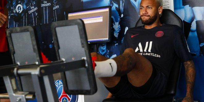 Regresa Neymar a las prácticas