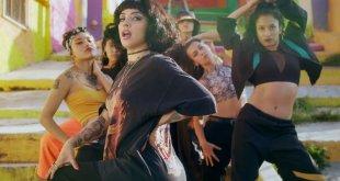 Mon Laferte lanzó Plata ta tá, el primer reggaetón de su carrera