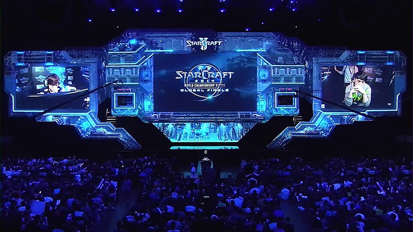 blizzcon-starcraft-2-stage-v-squared-labs1