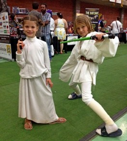 Jasmin and Gabriel as Leia and Luke.