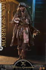 Jack Sparrow Hot Toys (10)