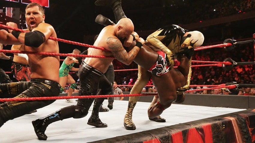 RAW August 28 (8)