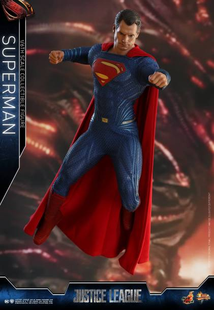 Hot Toys JL Superman (16)