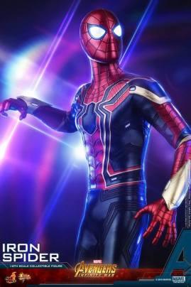 Hot Toys Iron Spider (6)