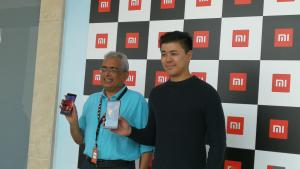 Donovan Sung - Xiaomi Global & Ravi Mathew of TASK FZCO at the opening of Xiaomi 1st region showroom in Dubai(UAE)