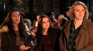 WU_06485_R(l-r.) Sydney Park stars as Meredith, Joey King as Claire and Shannon Purser as June in WISH UPON,