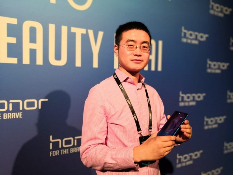 Chris Sun Baigong, Vice President of Honor in the Middle East and Africa