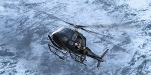 Mission Impossible - Fallout - Tom Cruise climbing the Helicopter