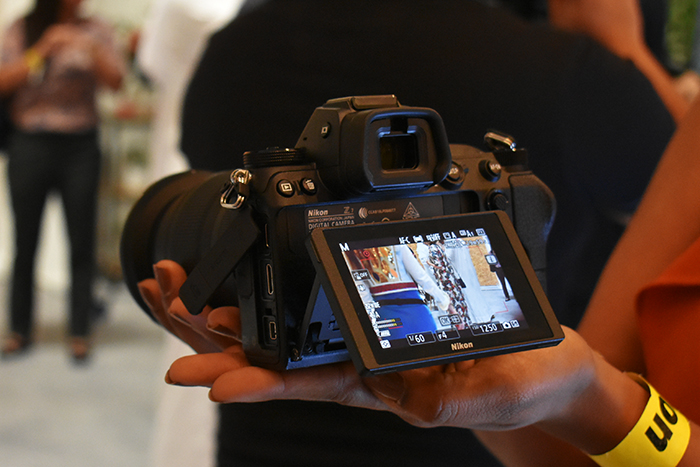 Nikon_Z7 & Z6 has Tilting TFT LCD with 170° viewing angle