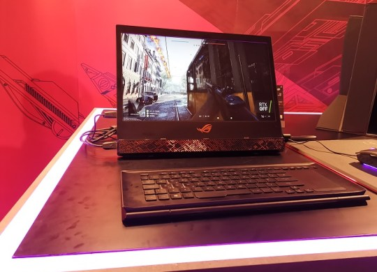 ASUS-Mothership-showcased_at_event
