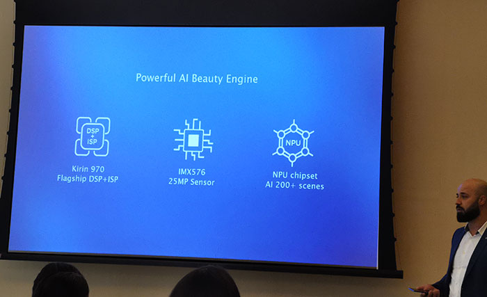 Huawei_Nova_4_with-Ai-Engine