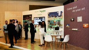 AvatarOn-Booth_Schneider-Electric
