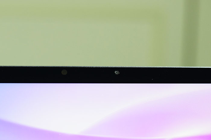 Huawei_MateBook_13--camera_for-video-chat