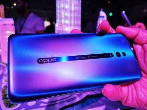 OPPO-Reno-series-smartphone-Backpanel