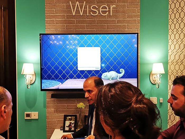 Wiser-Booth_Schneider-Electric