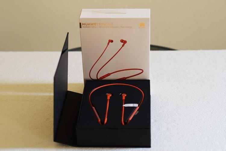 Huawei_FreeLace_Book-Box-packaging