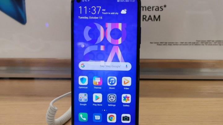 Huawei introduces Nova 5T Mid-Range Quad Camera Smartphone for UAE Market