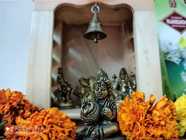 RedMiNote8Pro-Camera-Temple_in_House