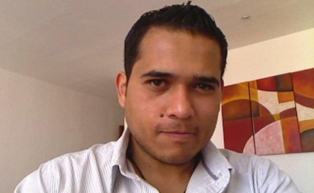 El periodista mexicano Abraham Mendoza fue asesinado este lunes a balazos al salir de un gimnasio en Morelia, Michoacán
